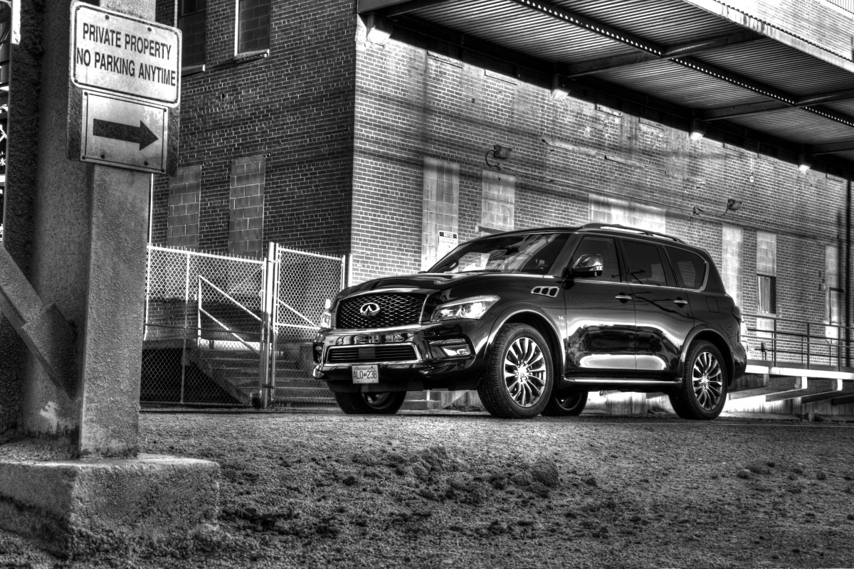 The polarizing flagship of luxury that is Infiniti's expansive QX80 Limited - slide 5