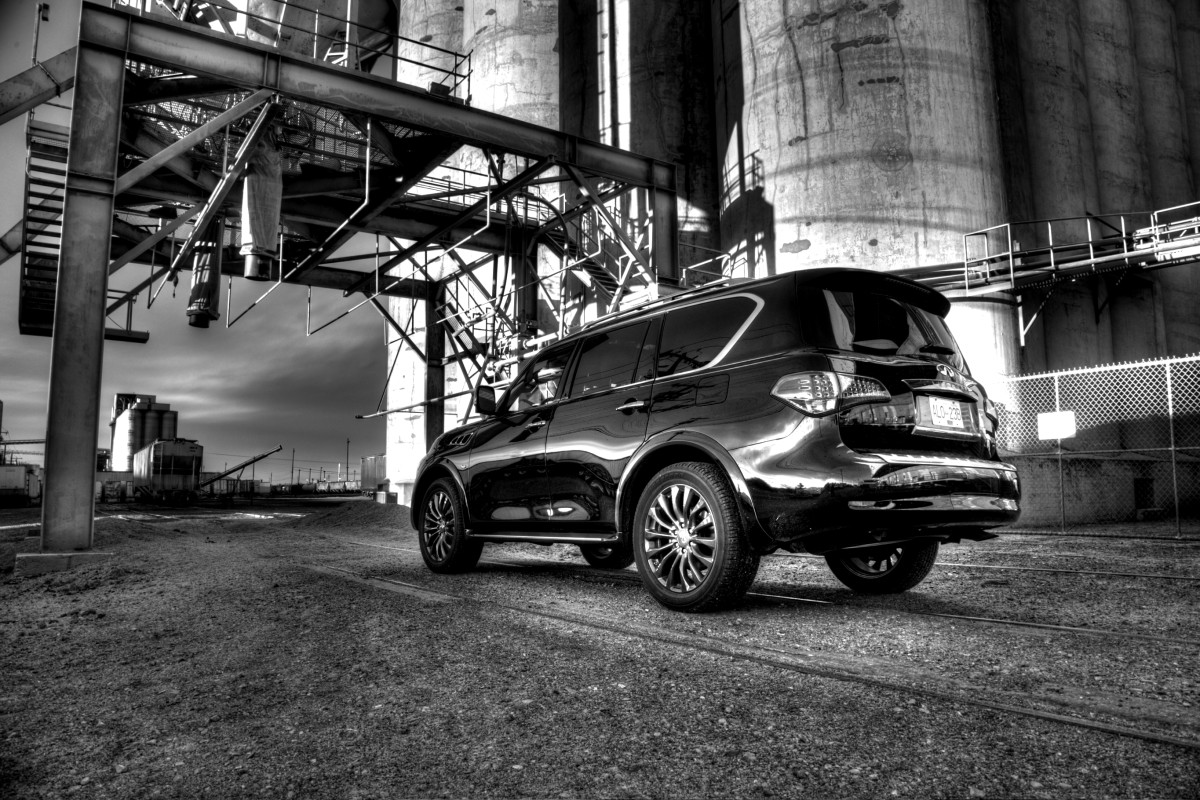 The polarizing flagship of luxury that is Infiniti's expansive QX80 Limited - slide 33