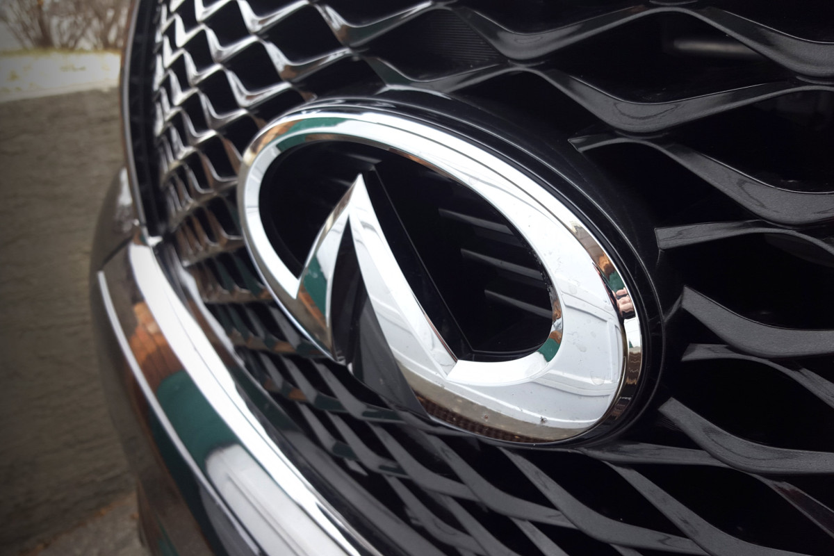 The polarizing flagship of luxury that is Infiniti's expansive QX80 Limited - slide 13