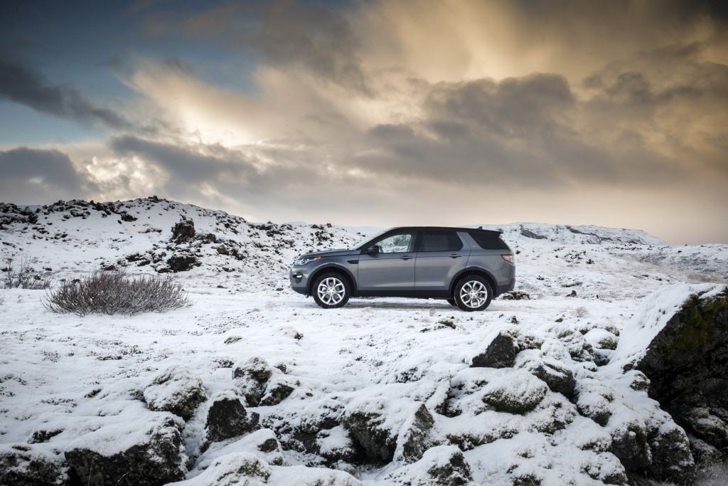 LR Discovery Sport trying out the herring in Iceland (Photo. Land Rover)