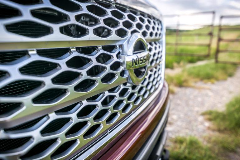 The stuff of huuuge; Nissan's 2016 Cummin turbo-dieseled TITAN XD upps the big! - slide 2