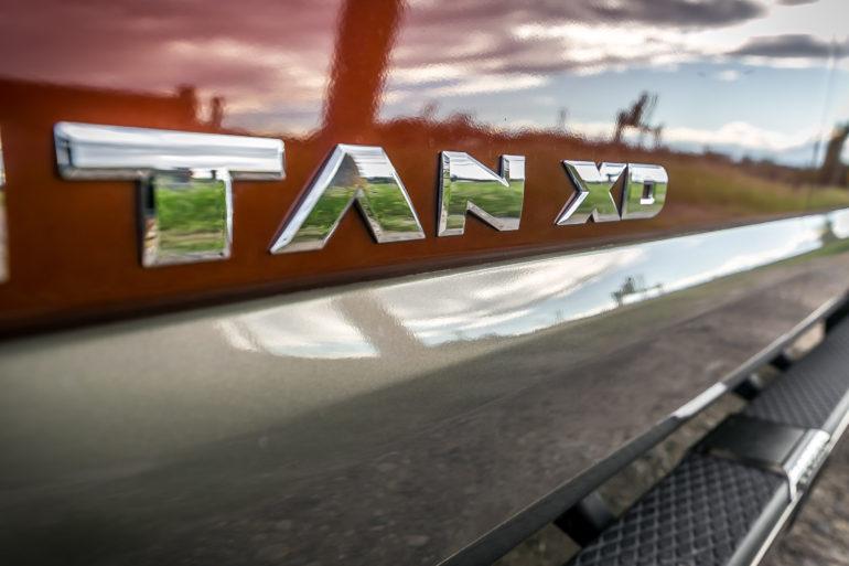 The stuff of huuuge; Nissan's 2016 Cummin turbo-dieseled TITAN XD upps the big! - slide 18