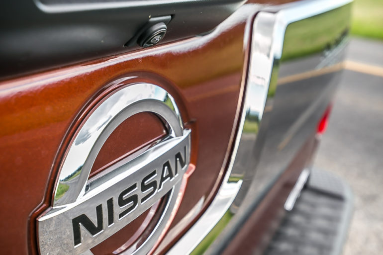 The stuff of huuuge; Nissan's 2016 Cummin turbo-dieseled TITAN XD upps the big! - slide 22