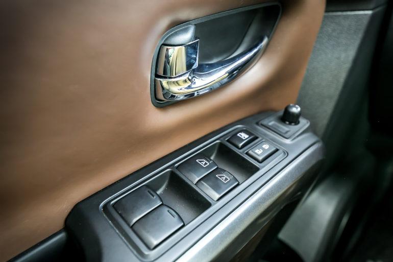 The stuff of huuuge; Nissan's 2016 Cummin turbo-dieseled TITAN XD upps the big! - slide 33
