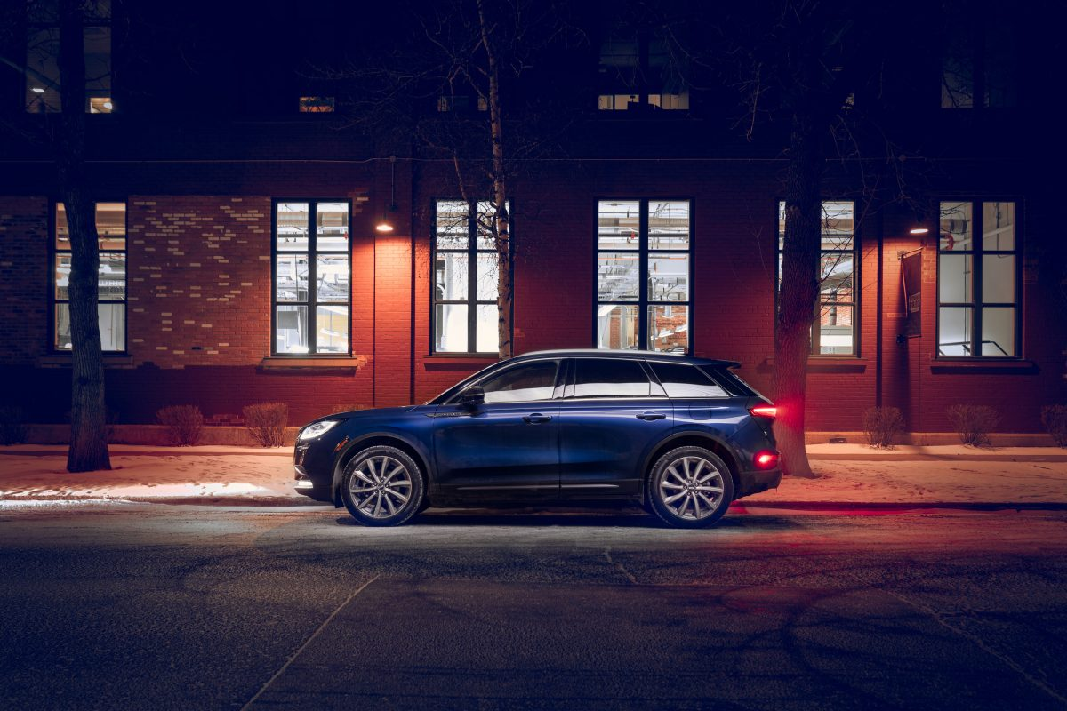 Stylishly well versed &  premium package skinned, Lincoln's Corsair ups the mid-sized SUV game.